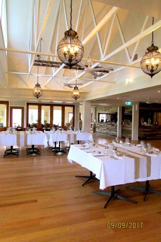 Immerse high ceilings lighting restaurant 2017