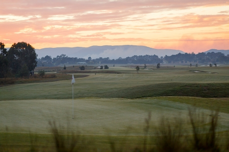 Eastern Golf Club Yering Gorge cottage view