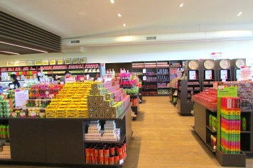 Yarra Valley Chocolaterie clocks and choices Dec 2017
