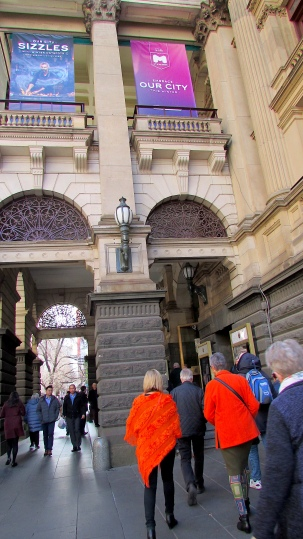 Melbourne Town Hall Ronel arrival Aug 2018