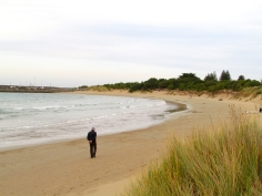 Apollo Bay Andrew pensive walk 30 Apr 2019